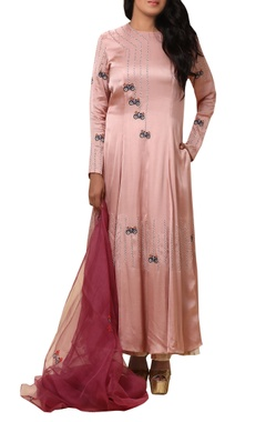 Vedangi Agarwal Embroidered kurta with palazzo & dupatta