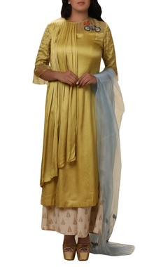 Vedangi Agarwal Draped bicycle Embroidered kurta palazzo set