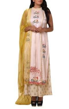 Vedangi Agarwal Bicycle embroidered kurta palazzo set