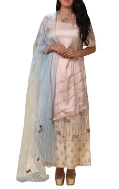 Vedangi Agarwal Leaf & bicycle embroidered kurta Palazzo set