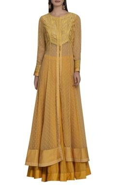 Shyam Narayan Prasad Thread work embroidered front slit kurta set
