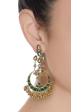 Chandbali earrings with kundan work