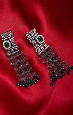 Zircon earrings with green beads