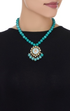 Kundan pendant necklace with painted image