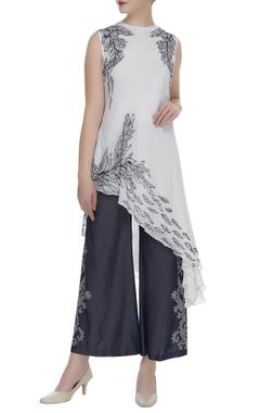 Printed asymmetric blouse
