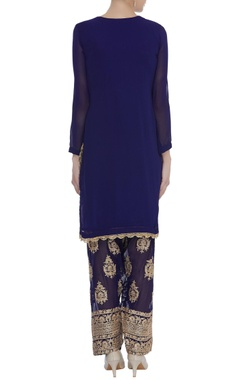 Kurta & dupatta with embroidered pants