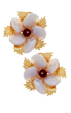 MOH-MAYA by Disha Khatri Pearl stud earrings with emerald stone