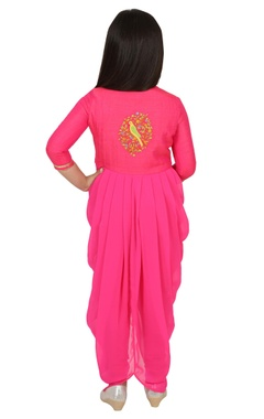 Embroidered cowl kurta set