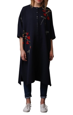 Berries & dragonfly embroidered kaftan dress