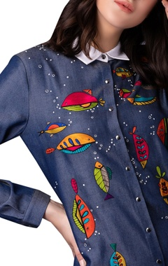 Fish & bubbles embroidered short shirt dress