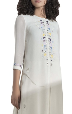 Multicoloured embroidered long tunic