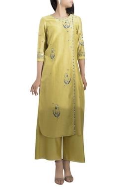 AM:PM Embroidered straight kurta with palazzos