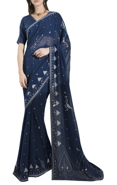 AM:PM Printed saree with scalloped back blouse