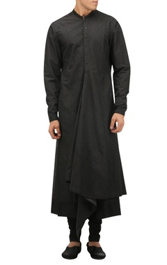 Tarun Tahiliani - Men Draped kurta with churidar