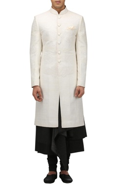 Tarun Tahiliani - Men Quilted chinese motif sherwani set