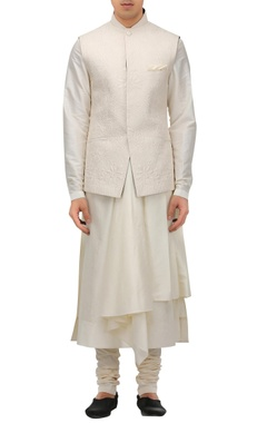 Tarun Tahiliani - Men Handcrafted quilted textured nehru jacket