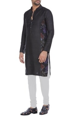 Raw silk kurta with floral side panel & chudidar