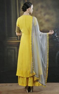Yellow & grey embroidered kurta set