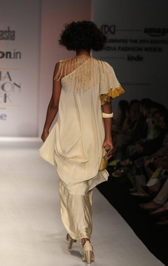 white one off shoulder kurta with draped skirt