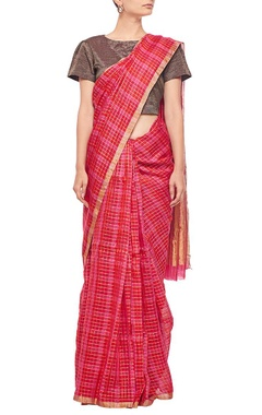 Red and raani pink checked sari