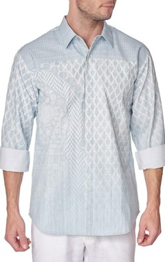 Blue cotton printed shirt with pleated yoke