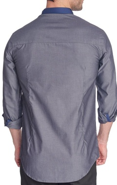 Grey shirt with navy blue patch
