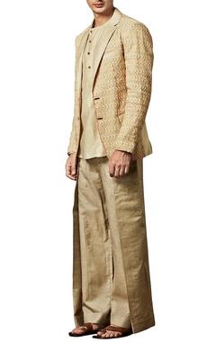 creamy beige triangular blazer