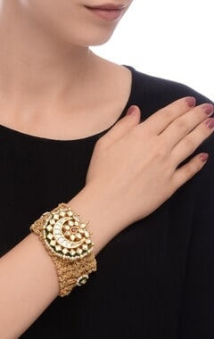 Gold plated kundan & pearl chand bracelet