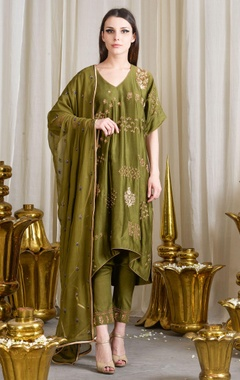 Olive green motif enhanced kurta set