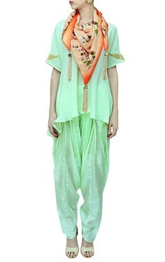 pista kurta with patiala & printed scarf