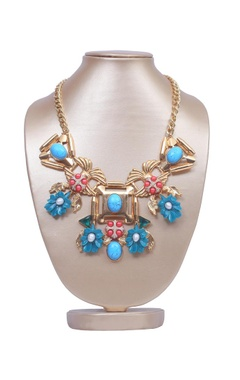 Turquoise floral garden necklace