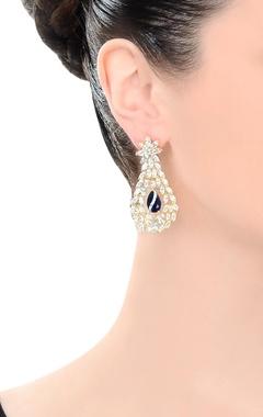 Gold polished studded drop earrings