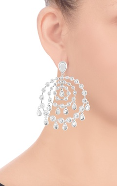 Silver plated round kundan earrings