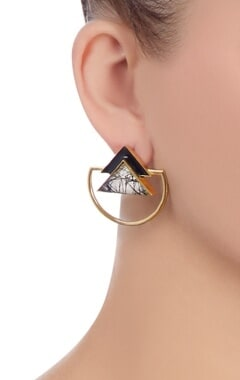 Black triangle stone earrings