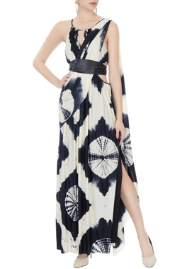 Malini Ramani Black & white gown with sari drape