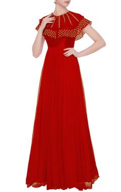 Mrunalini Rao Red layered cape gown