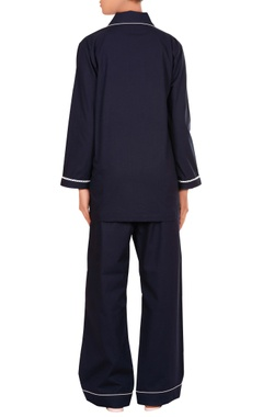 Notch collar shirt with pyjama pants