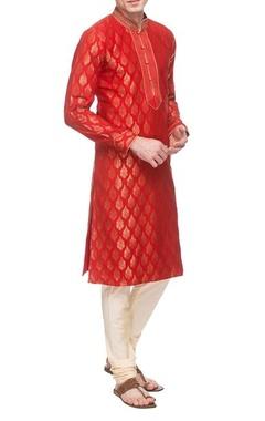 Vanshik Red & ivory embroidered kurta set