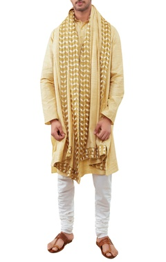 Siddhartha Tytler - Men Textured cotton kurta set
