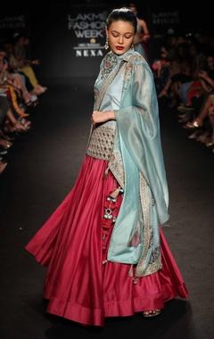 Embroidered kurta with skirt & dupatta