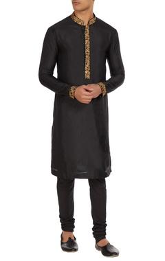 SVA - Sonam and Paras Modi - Men Black pure silk aari hand embroidered kurta with raw silk churidar