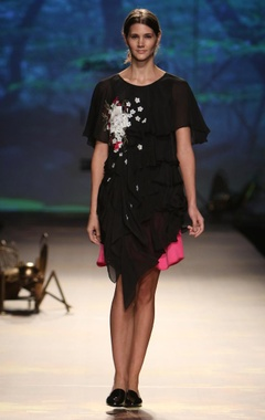 Black hydrangea tiered top with pink skirt