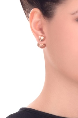 Rose gold peek-a-boo earring with rose gold plating
