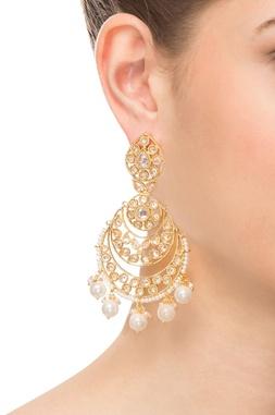 Gold & white beaded earring