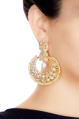 Gold & white alloy big uncut chaandbala earring