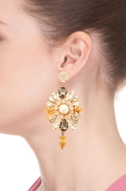 Rhodium plated dangler earrings with floral motifs