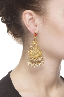 Gold plated drop earrings double layered pearls