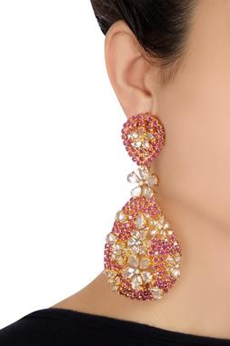 Flower detail earrings