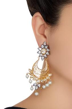 Pearl drop dangling earrings