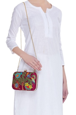 Nature & garden motifs embroidered clutch